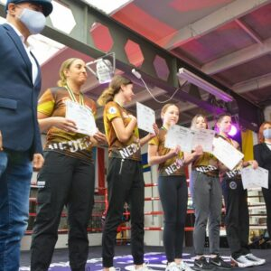 Medaille ceremonie Nederlands team Muaythai